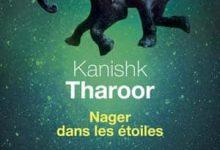 Photo de Kanishk Tharoor – Nager dans les étoiles (2017)